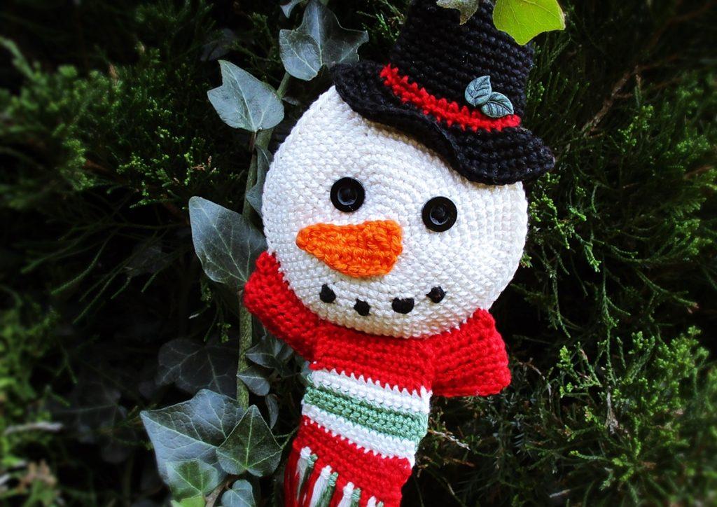 Jaimee häkelt Snowy - den Schneemann-Anhänger - Simply Jaimee