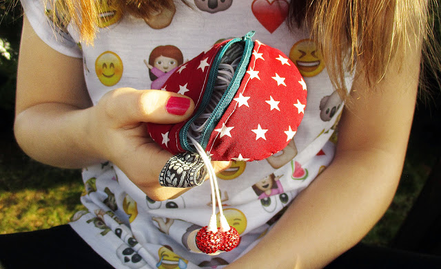 Sewing earphone holder