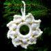 Jaimee häkelt: Eine Perlenschneeflocke u. einen Weihnachtskranz (inkl. Anleitung)